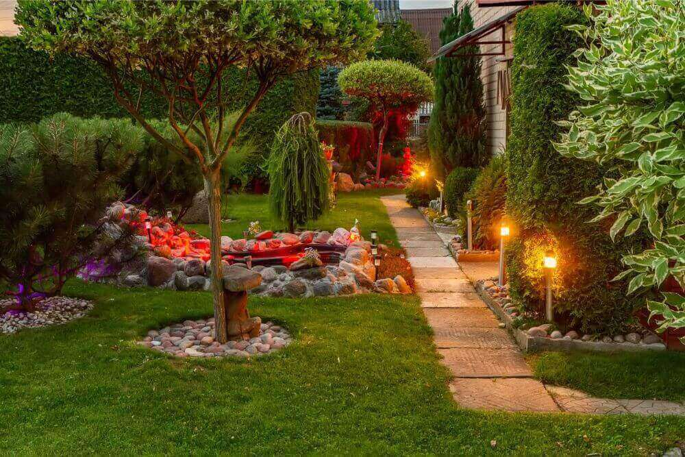 What You Need To Know About Landscape Lighting