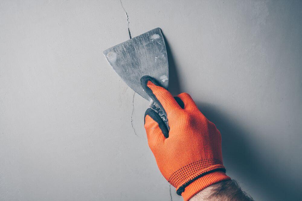 Why Asphalt Sealing Is The Best Way To Repair Cracks